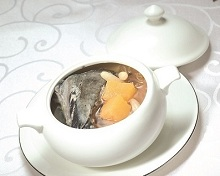 Double-boiled Black Chicken Consomme with Ophiopogon Root, White Tremella Mushroom & Rock Melon